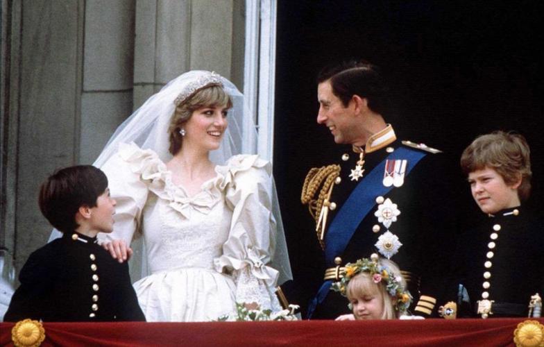 Το The Crown ανακοίνωσε την ηθοποιό που θα υποδυθεί την πριγκίπισσα Diana στις τελευταίες σεζόν