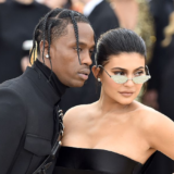 H Kylie Jenner πέταξε τον Travis Scott έξω από το σπίτι της;