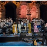 """""""Γυναίκες στην Ογκολογία"""": Μια ξεχωριστή βραδιά με τον Διονύση Σαββόπουλο, τη Μαρίνα Σάττι με τις fonέs, τις chόrεs και τους Αλκμάν στο ΗΡΩΔΕΙΟ!"""