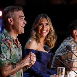 Η Ελληνίδα πήγε στο βρετανικό X-Factor και άφησε άφωνο τον Robbie Williams