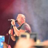 Αντώνης Ρέμος: «Μάγεψε» στη Λάρισα
