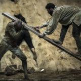 Ο Άρης Σερβετάλης επιστρέφει ως Δον Κιχώτης στο Δημοτικό Θέατρο Πειραιά