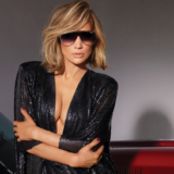 Η Jennifer Lopez βραβεύεται ως «Fashion Icon»!