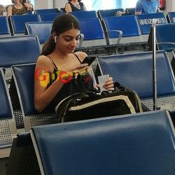 Paparazzi! Η Ειρήνη Καζαριάν στο αεροδρόμιο