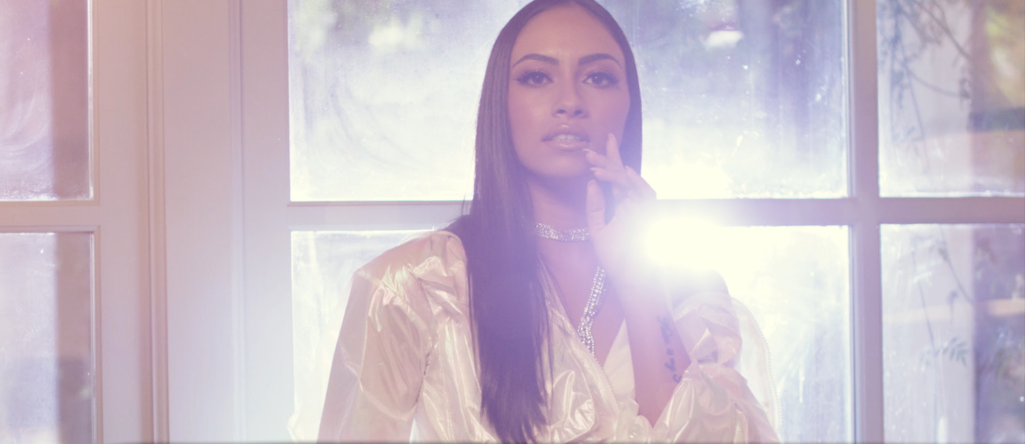 Charis Savva - «Κρυφτό» Νέο Τραγούδι & Music Video