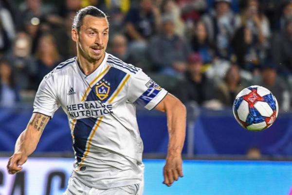 Zlatan Ibrahimović: Ζητά ένα εκατομμύριο το μήνα για να υπογράψει σε νέα ομάδα