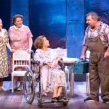 """Είδαμε το έργο """"Οι φάλαινες του Αυγούστου"""" στο θέατρο Χώρα"""