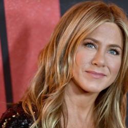 Η Jennifer Aniston προκάλεσε παραλήρημα στο Instagram: Δείτε πως την καλωσόρισαν οι διάσημοι φίλοι της