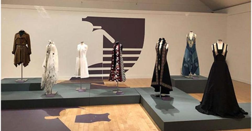 Έκθεση «Ελληνική Μόδα - 100 χρόνια έμπνευσης και δημιουργίας» στο Κέντρο Πολιτισμού «Ελληνικός Κόσμος»