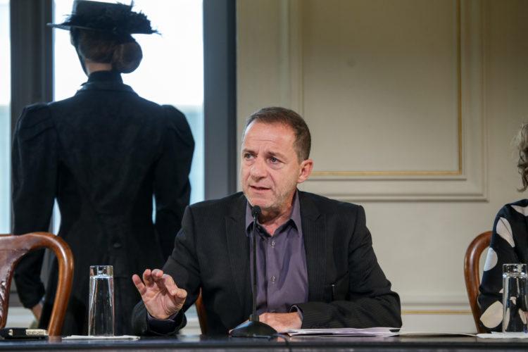 Ο Δημήτρης Λιγνάδης παραιτήθηκε ο καλλιτεχνικός διευθυντής του Εθνικού Θεάτρου