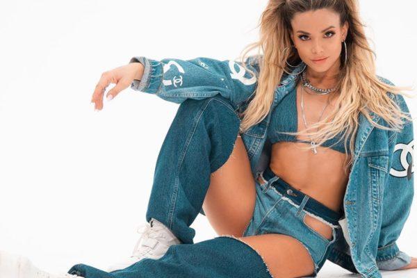 Josephine: «Σαρώνει» με το νέο της hit «Δεν Έχω Σήμα»!