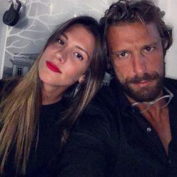 Γιάννης Μαρακάκης: «Έχω μια απίστευτη προσμονή και περιέργεια που θα γίνω μπαμπάς»