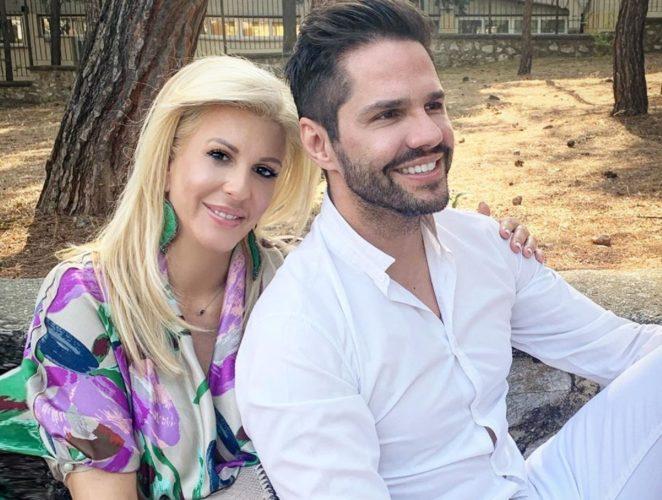 Δείτε την τρυφερή φωτογραφία του Γιώργου Τσαλίκη με τη σύζυγό του για την Ημέρα των Ερωτευμένων
