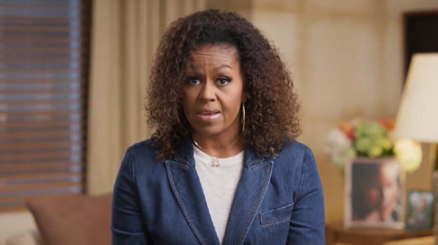 Η Michelle Obama ζητάει βοήθεια για τις εκλογές του 2020