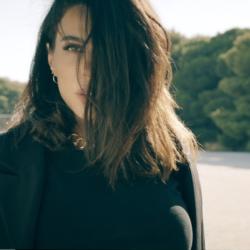 Κέλλυ Κελεκίδου – «Για Χάρη Σου» | Νέο Τραγούδι & Music Video