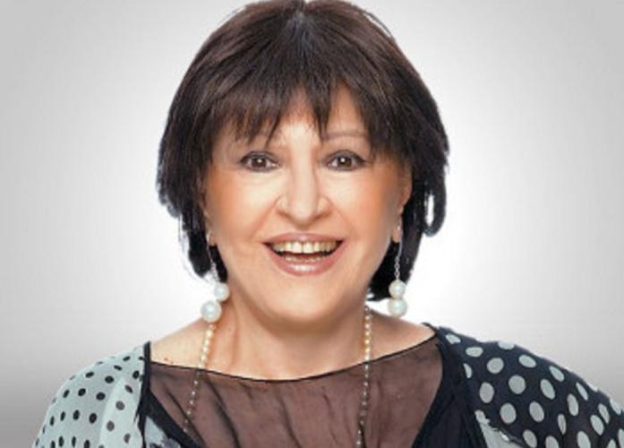 Η Μάρθα Καραγιάννη έγινε 80 ετών! Το πάρτι έκπληξη των φίλων της