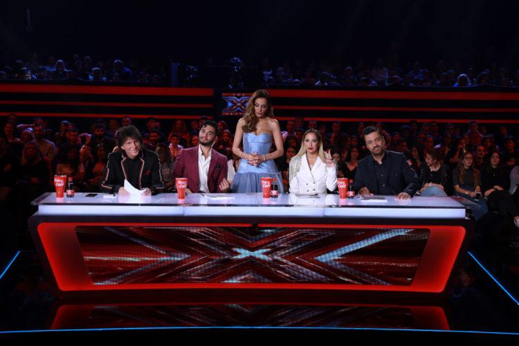 X Factor: Η αγωνία κορυφώνεται για παίκτες και κριτές στο 6ο live show