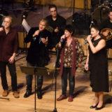 Σε μια επιτυχημένη συναυλία «εφ' όλης της ύλης» ο Γιώργος καζαντζής στο Μέγαρο Μουσικής
