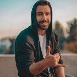 Ο Σάκης Τανιμανίδης ξυρίστηκε για πρώτη φορά μετά από δέκα χρόνια