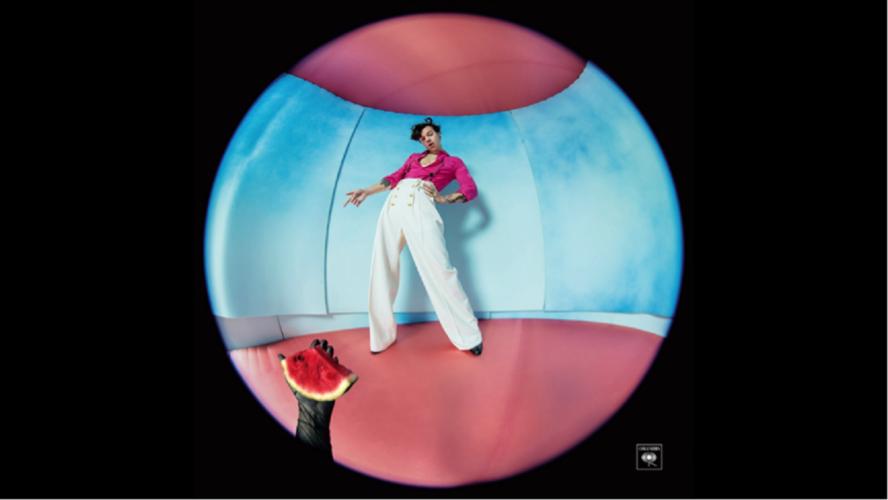O Harry Styles κυκλοφορεί το Watermelon Sugar!