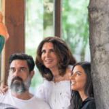 Η Μιμή Ντενίση επιβεβαίωσε τη συνεργασία της με τον Μπουρακ Χακί