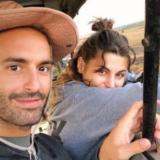 Δείτε τον Λάμπρο Λάζαρη να ποζάρει με την Δανάη Παππά στις καλοκαιρινές τους διακοπές