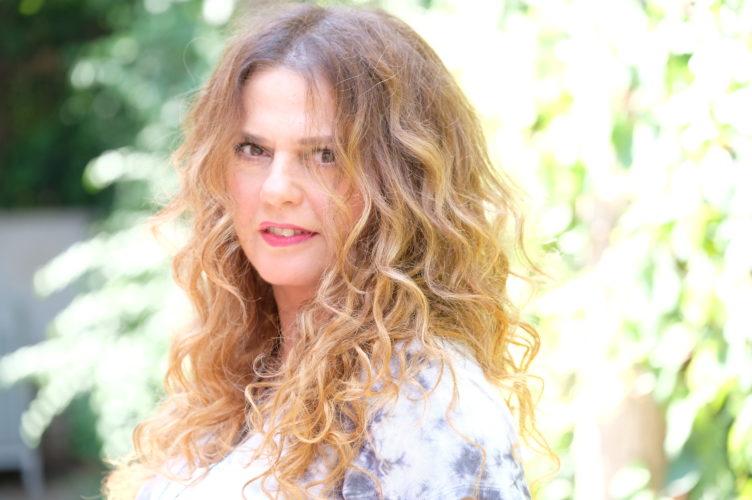 Η Ελένη Τσαλιγοπούλου «ΤΡΙΟ» στο Mylos Club στη Θεσσαλονίκη