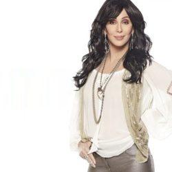 Η Cher βγάζει το δικό της άρωμα με το όνομα «Cher Eau de Couture»