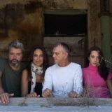 Παράταση της επιτυχημένης παράστασης «Ο χρόνος σταματά» στο Θέατρο Κάτω απ' τη Γέφυρα