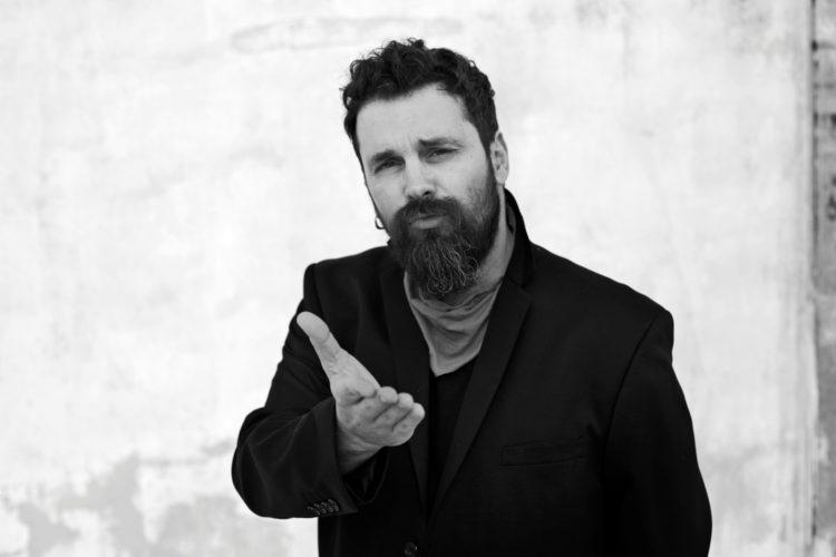 Δισκός σας: Ο Σπύρος Γραμμένος παρουσιάζει το νέο του album με τίτλο