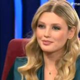 Η Κωνσταντίνα Κομμάτα περιγράφει τη στιγμή που της έκανε πρόταση γάμου ο Γιώργος Σαμαράς