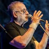 Θάνος Μικρούτσικος «Το πιο όμορφο απ' όλα δεν στο 'χω πει ακόμα…» | Τα εισιτήρια έχουν εξαντληθεί | Μέγαρο Μουσικής Αθηνών