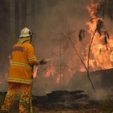 Αυστραλία: Πύρινη κόλαση χωρίς τέλος - Τρεις χιλιάδες έφεδροι στη μάχη μαζί με τους πυροσβέστες