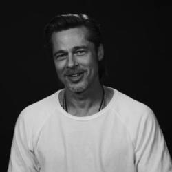 Ο Brad Pitt αποκαλύπτει πότε έδωσε το πρώτο του φιλί