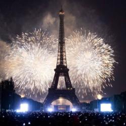Δύο νεκροί σε Γαλλία και Ιταλία από τα βεγγαλικά της Πρωτοχρονιάς
