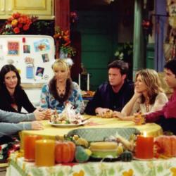 Βιβλίο μαγειρικής με τα πιάτα της σειράς Friends | Πάνω από 70 συνταγές