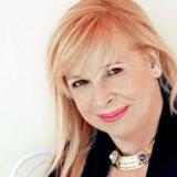Η ανακοίνωσε της Άννας Φόνσου για την αποχώρηση της από την παράσταση που πρωταγωνιστούσε