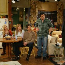 Τα «Φιλαράκια» εύχονται στην Jennifer Aniston για τα γενέθλιά της