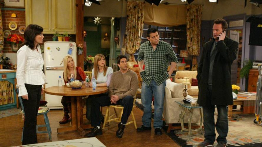 Friends: Η Jennifer Aniston αποκάλυψε την πιο αστεία σκηνή | Δεν μπορούσαν να συγκρατήσουν τα γέλια τους