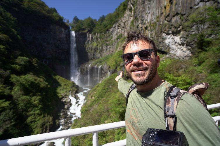 Happy Traveller στη χώρα του Ανατέλλοντος ηλίου
