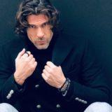 Ο Γιάννης Σπαλιαρας στην Κρήτη με το διεθνές μοντέλο Lucia Javorcekova