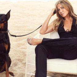 Η Jennifer Aniston μας έδειξε τον απίστευτο τρόπο με τον οποίο δεν τσαλάκωσε το φόρεμα της μετά τα SAG