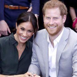Ο Πρίγκιπας Harry και η Meghan Markle παραιτήθηκαν από τα βασιλικά τους καθήκοντα