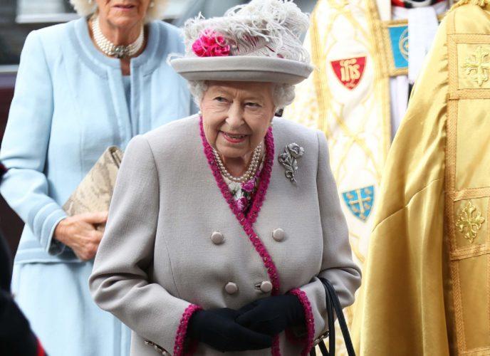 Βασίλισσα Ελισάβετ: «Συναγερμός» στο Παλάτι - Δύο άγνωστοι εισέβαλαν στο κτήμα του Ουίνδσορ