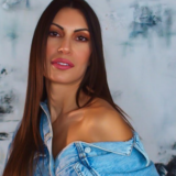 Νέο single για την Μαρία Κορέλλι