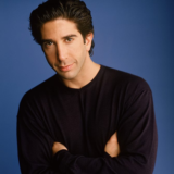David Schwimmer: «Ο κόσμος αγαπάει το Friends επειδή εκτυλίσσεται στην εποχή....»