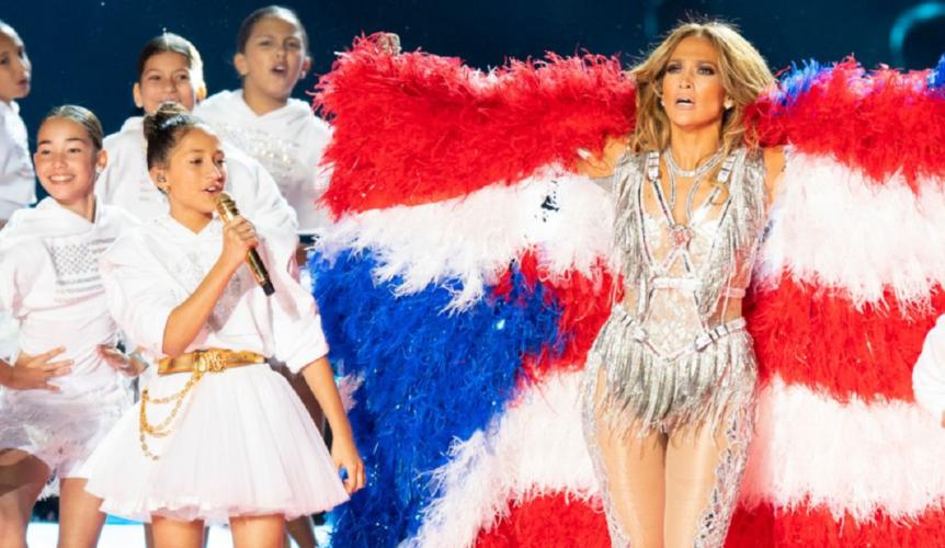 Η 12χρονη κόρη της Jennifer Lopez γράφει το δικό της βιβλίο με προσευχές