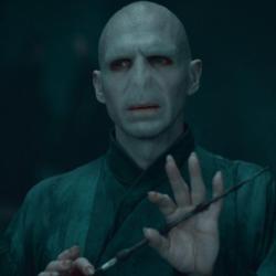 Έχει βγει ταινία για την ιστορία του Voldemort και θα τη ζήλευε μέχρι κι η Warner Bros
