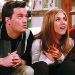 Η Jennifer Aniston καλωσόρισε τον «Chandler» στο Instagram με μια επική σκηνή των Friends