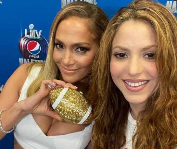 Jennifer Lopez και Shakira θα τιμήσουν τον Kobe Bryant στο ημίχρονο του φετινού Super Bowl